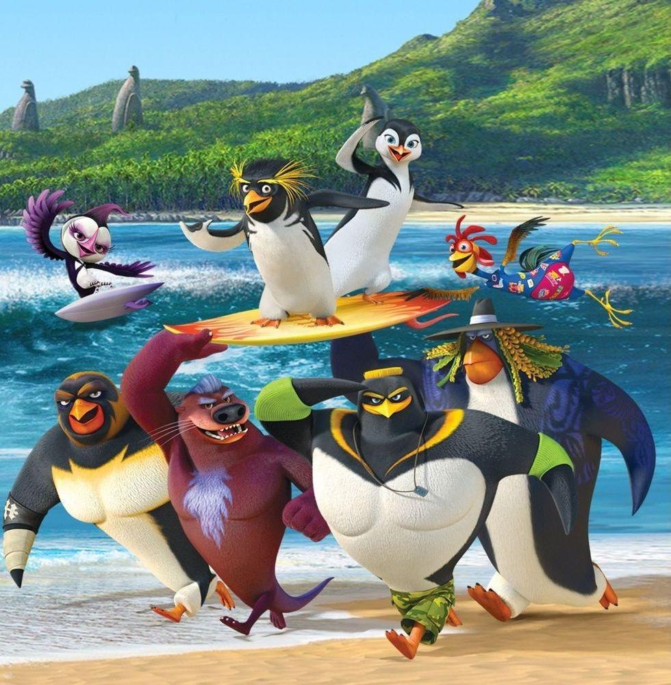 """Animația """"Cu toții la surf 2. Mania valurilor"""", în grădina de vară de la cinematograful din Grădiște"""