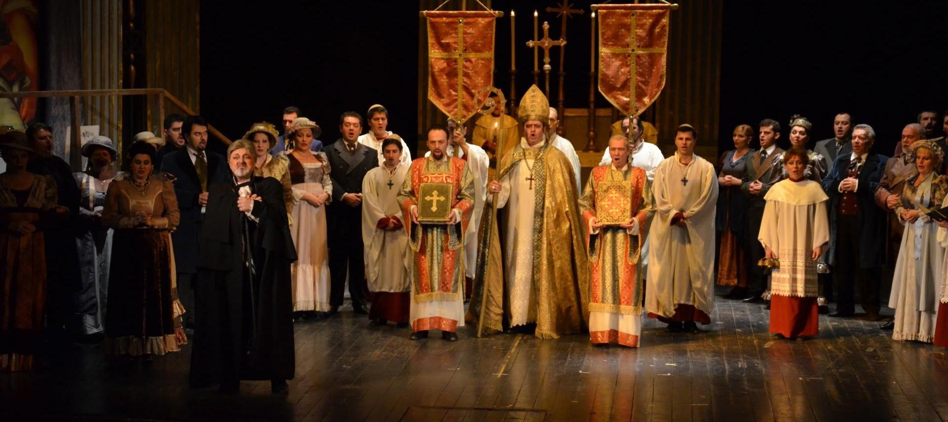 Tosca – un nou spectacol în cadrul Stagiunii lirice arădene