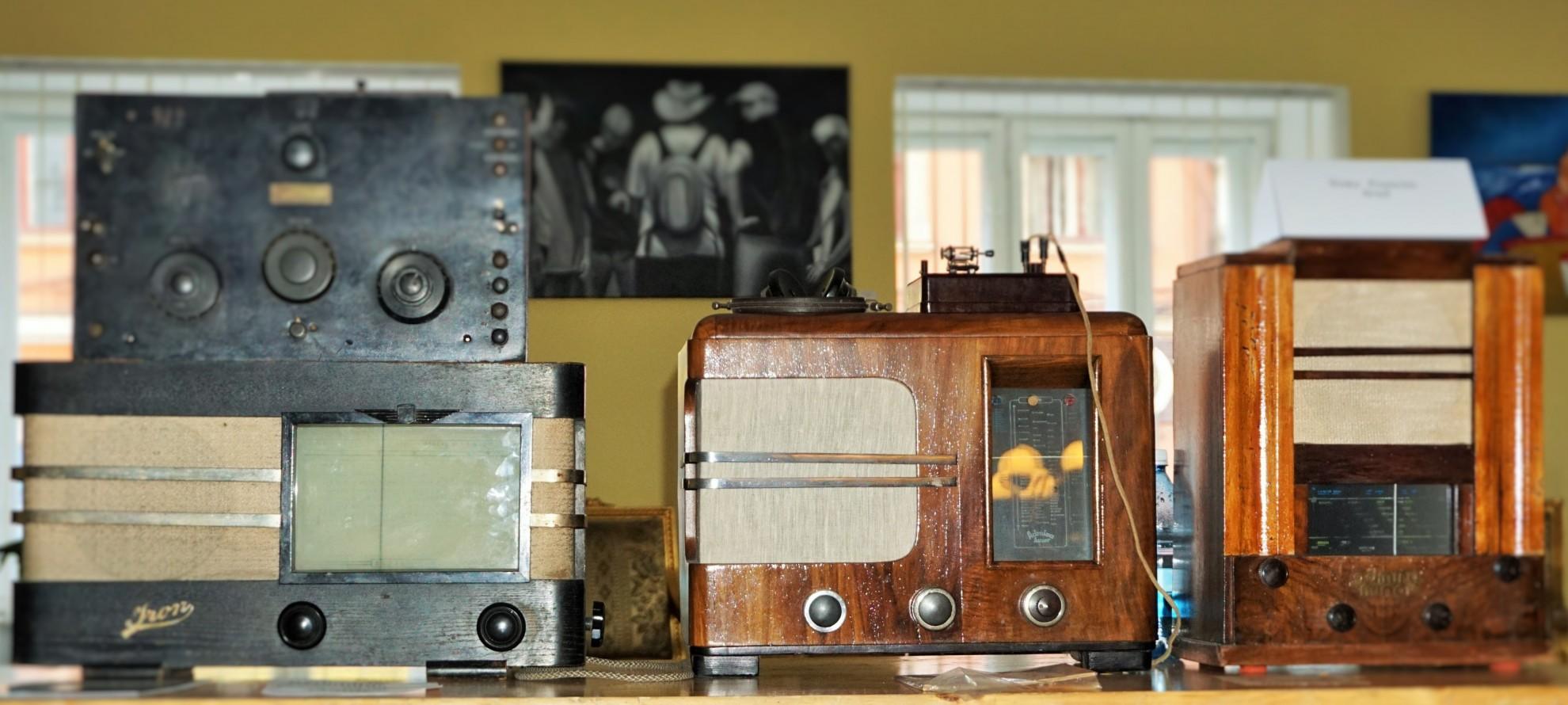 """Expoziția """"Colecții și colecționari"""", ediția a IV-a, la Arad"""