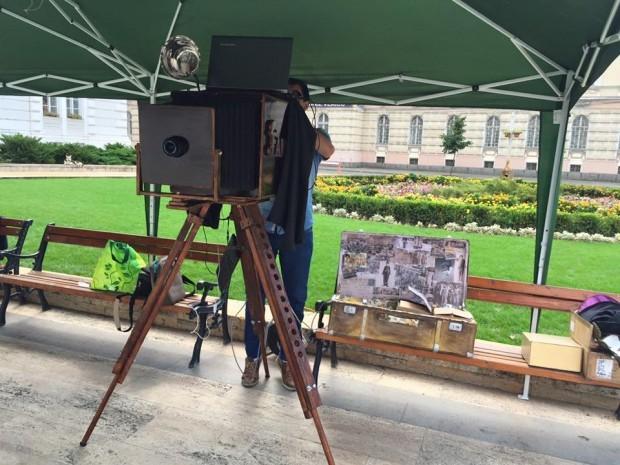 Famous Antique Photo Booth – o adevărată premieră înRomânia la Zilele Aradului