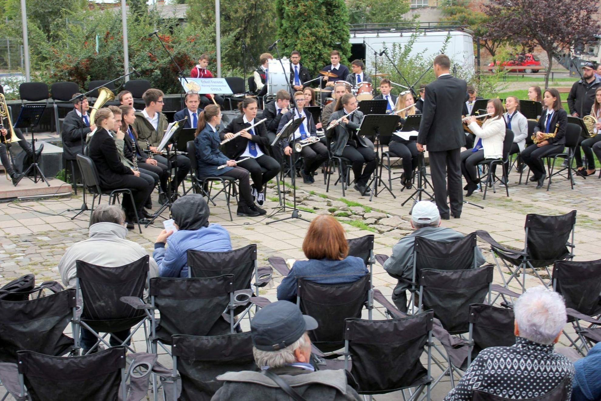 """Prima ediție a """"Sărbătorii fanfarelor"""", în week-end, la Arad"""