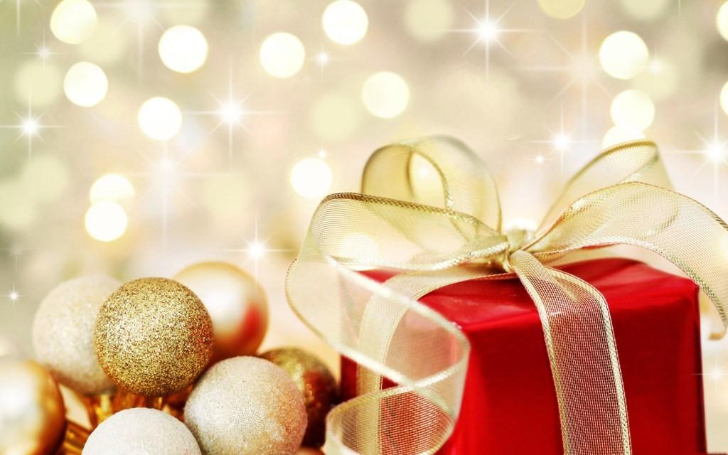 Un Crăciun bogat în daruri și un An Nou plin de cele de folos inimii și gândului.