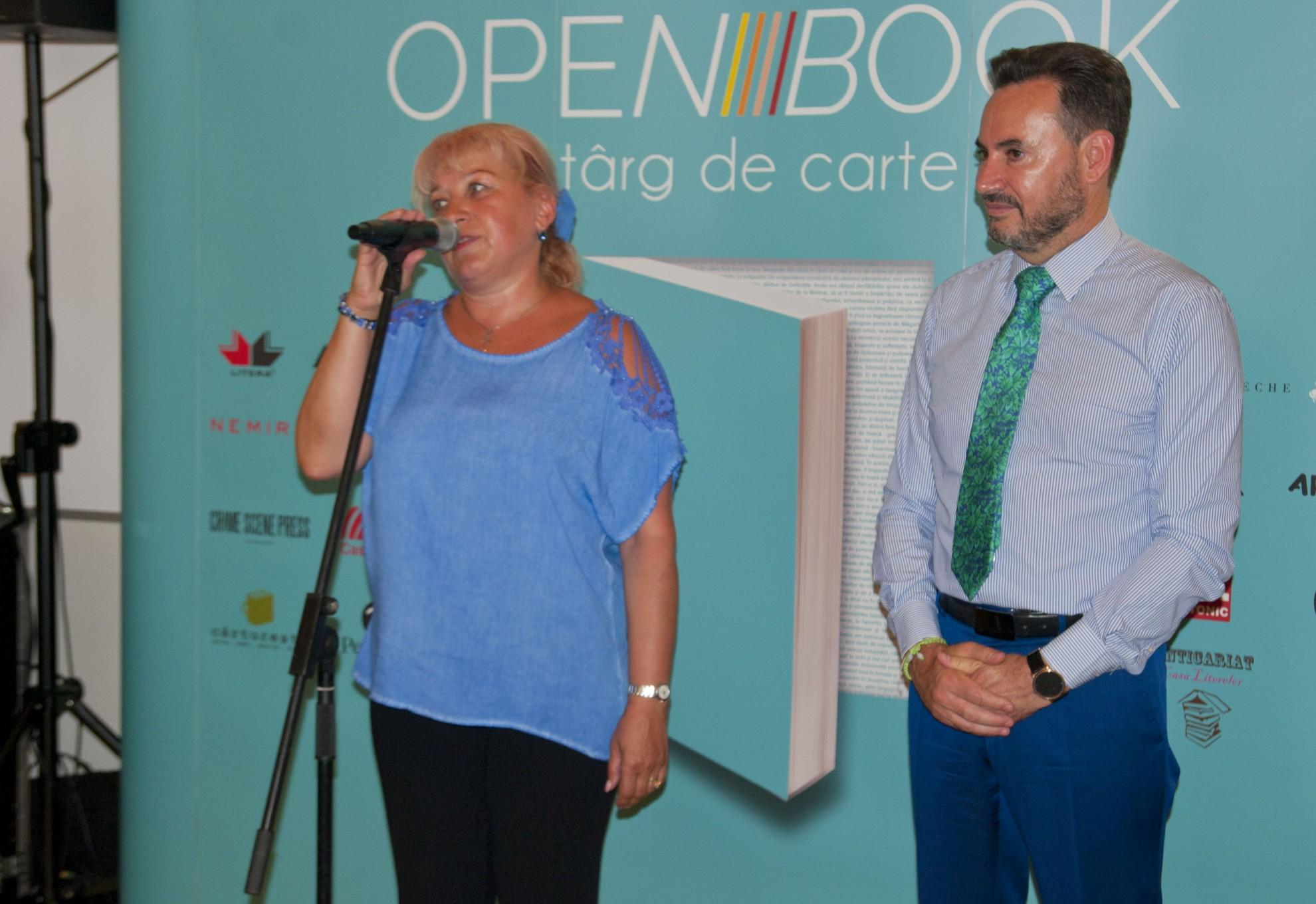 """S-a deschis prima ediție a Târgul de carte în aer liber de la Arad """"Open Book"""" 6-10 iunie 2018"""