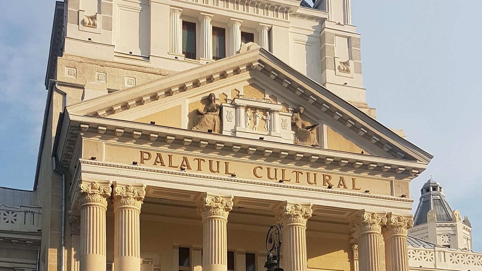 Concert simfonic de gală, dedicat cadrelor militare, la Filarmonica de Stat Arad